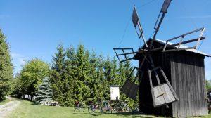 wiatrak w Różance